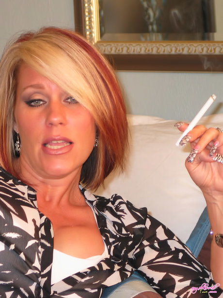 Mom Smoking Stock Photos, Pictures & Royalty-Free Images